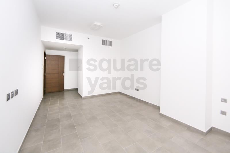 On Low Floor || 1BR  with Large Balcony || Vacant
