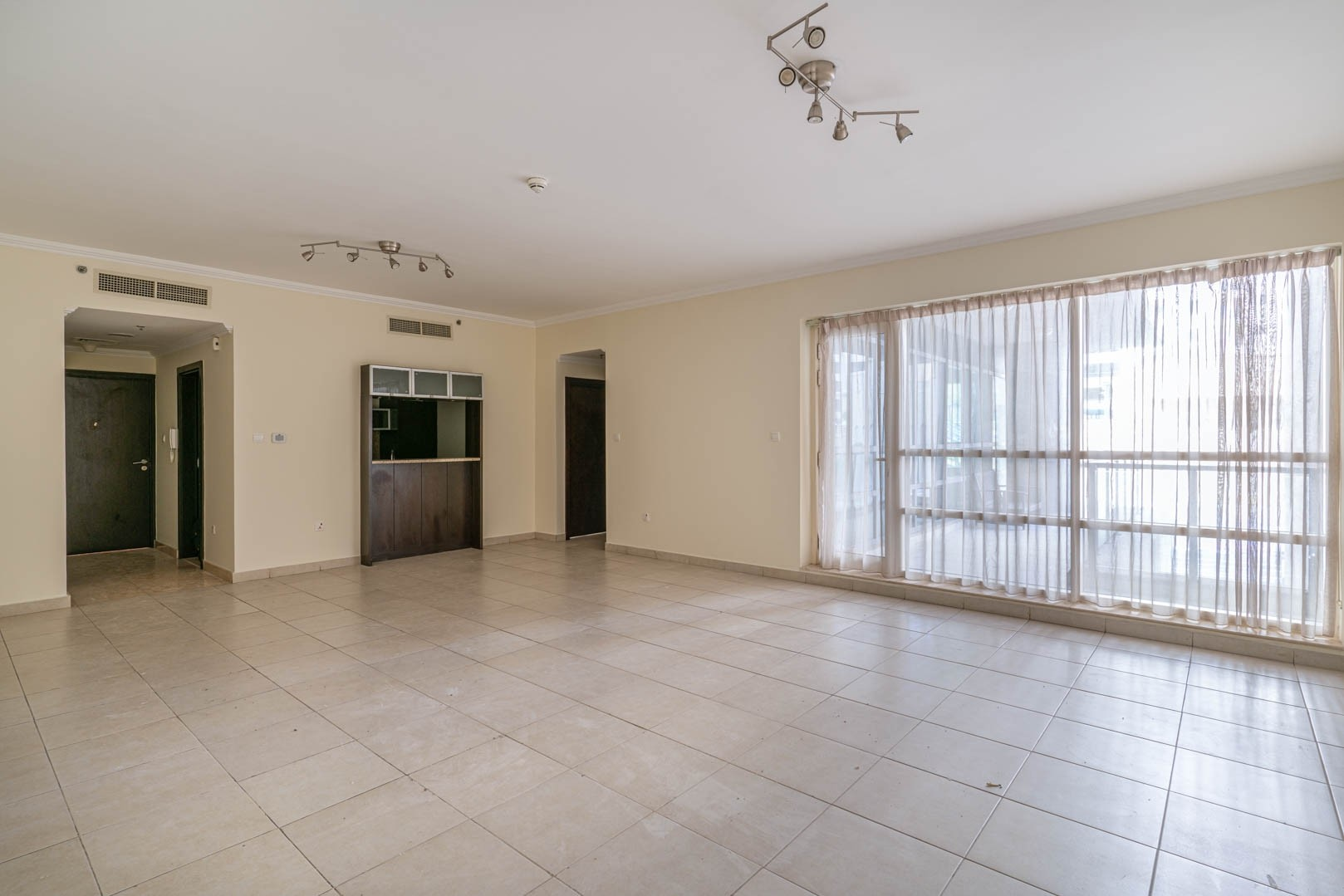 Unfurnished | Community View | Marvelous Apt