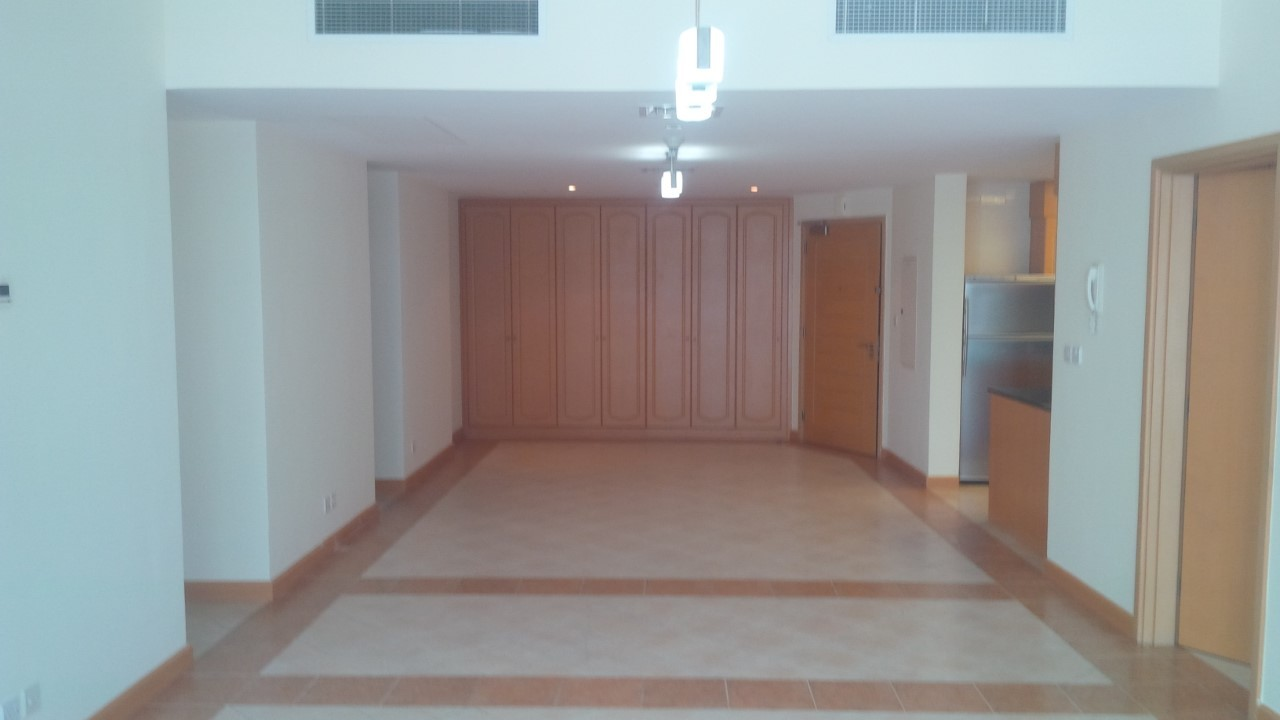 4 Cheque Option Low Price 3 Bed room Plus Maid For Rent In Marina Terrace