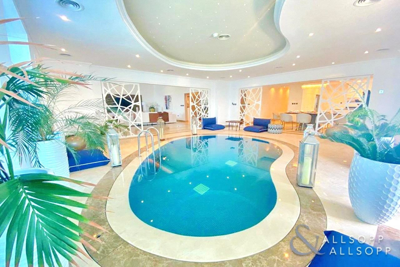 Half Floor | Panoramic Views | Upgraded | Pool