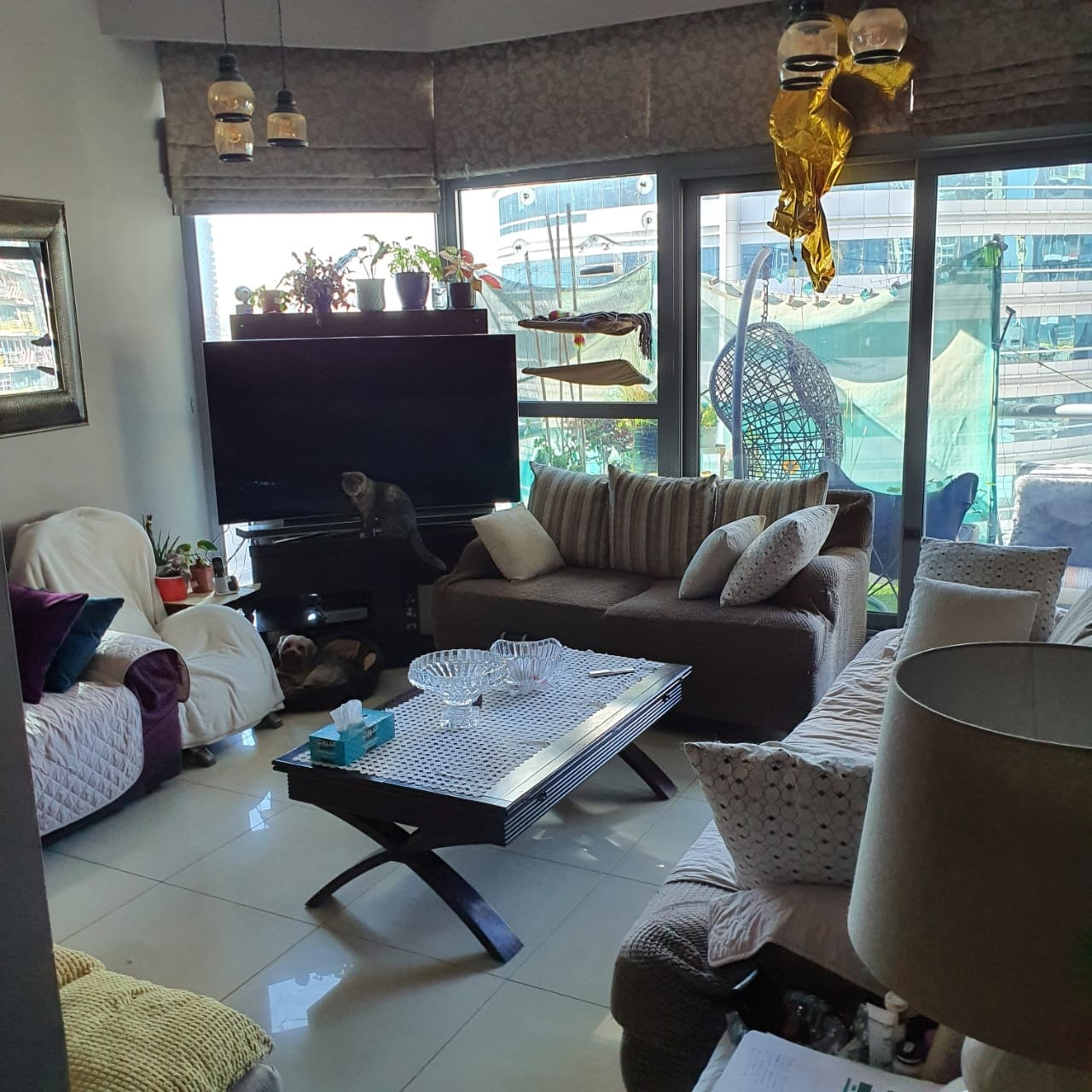 Spacious 2 BHK for Rent in Marina Residence A