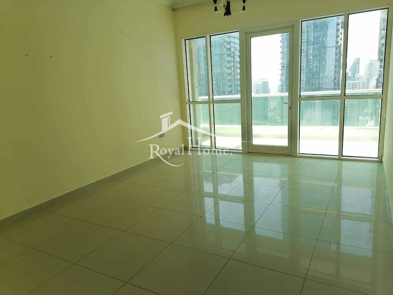 Spacious  |1BR Apartment | Marina Pinnacle