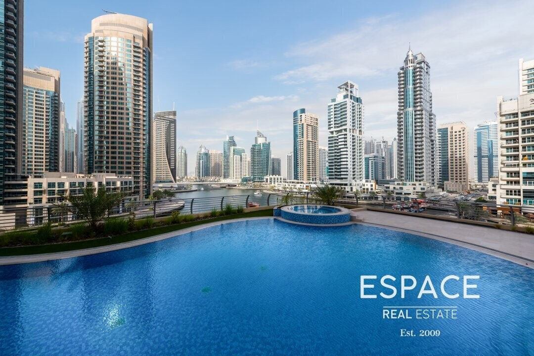 Elegant 1 BR with Marina and Pool View