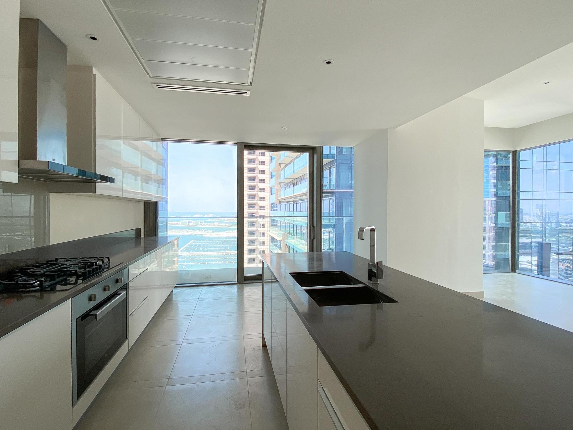 Premium 2 Bedroom Apartment in Dubai Marina