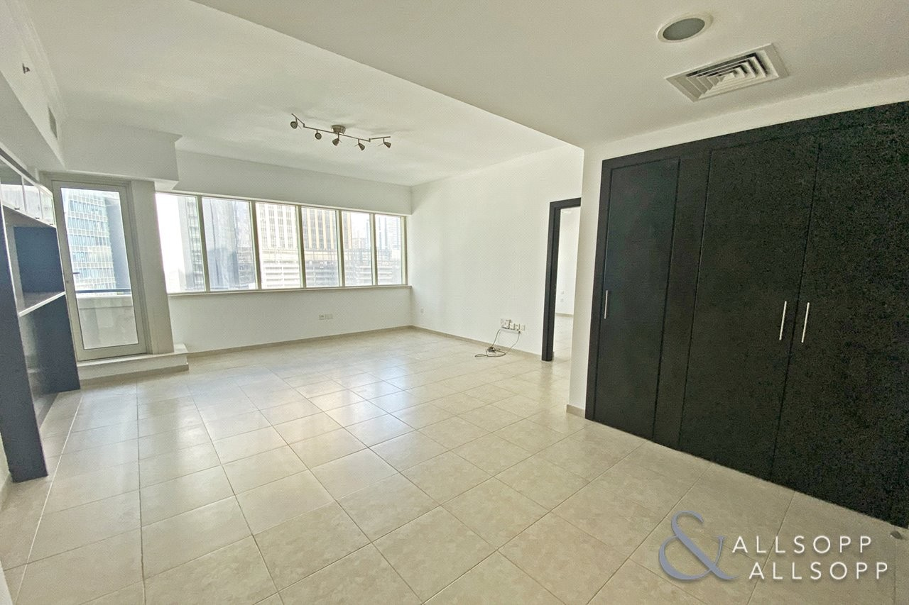 Two Bedrooms Plus Study | Vacant | Emaar