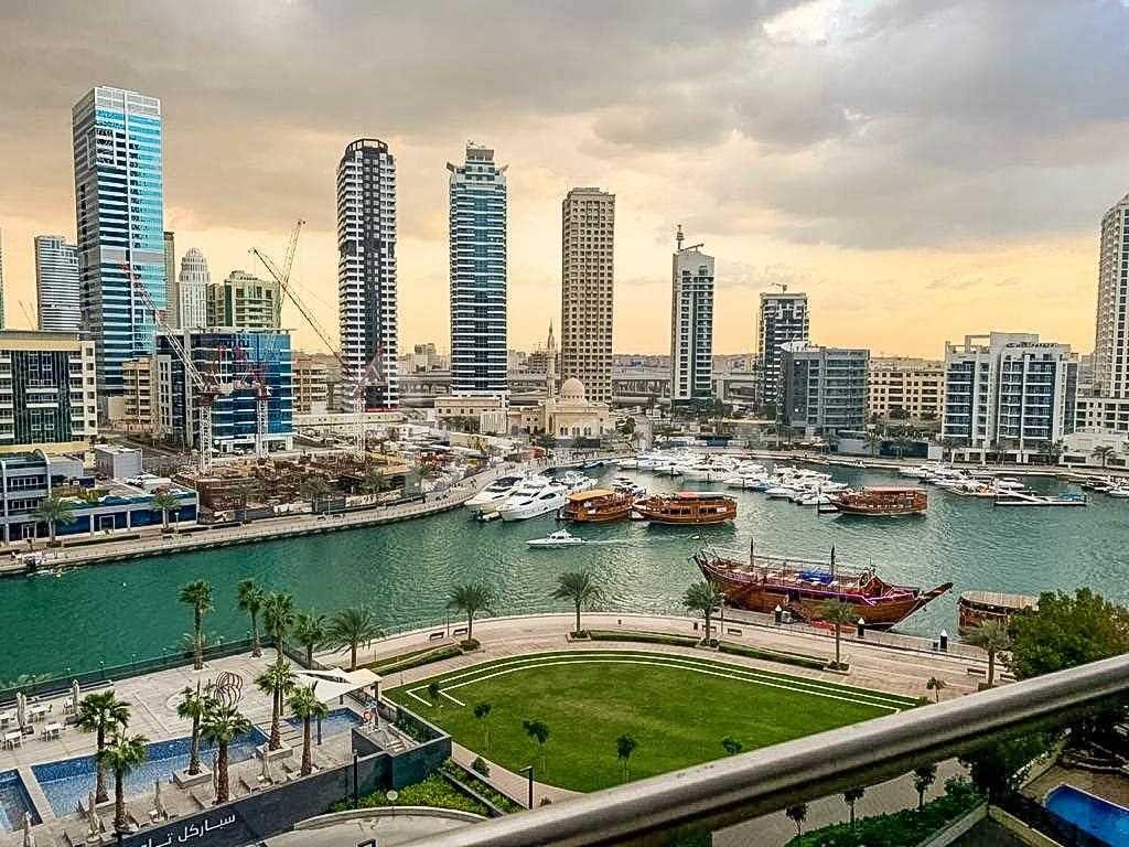 2  BED + Maid  Unfurnished  Dubai Marina