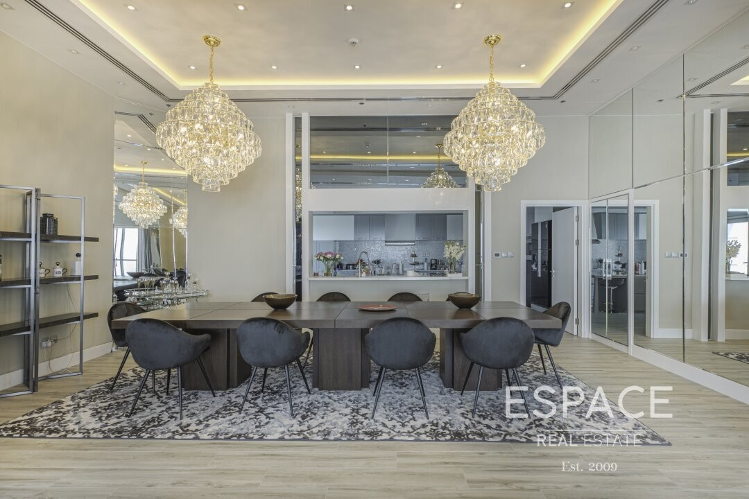 Upgraded | The Torch | 4 Bed Penthouse