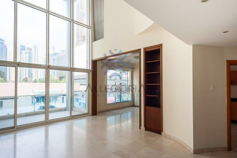 Spacious 3 BR Duplex with  Marina view