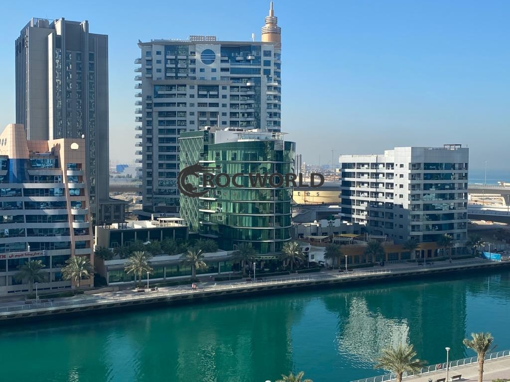 Canal & Pool View | Spacious | Multiple Cheques |