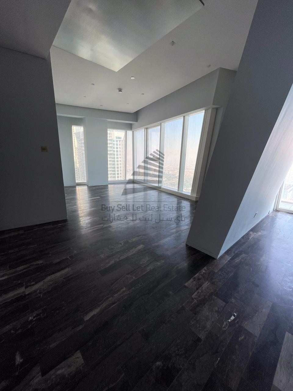 FENDI FINISHED/HIGH FLOOR /BREATHTAKING VIEW/2BEDROOMS/DAMAC HEIGHTS