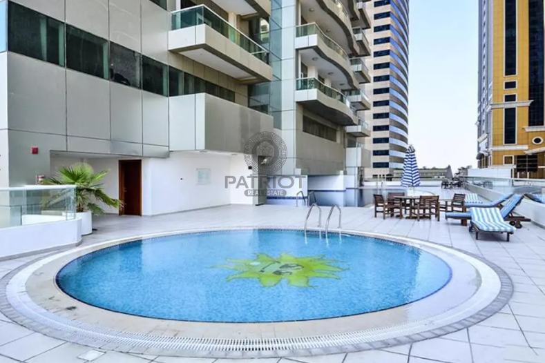 Attractive One Bedroom Apartment with Balcony