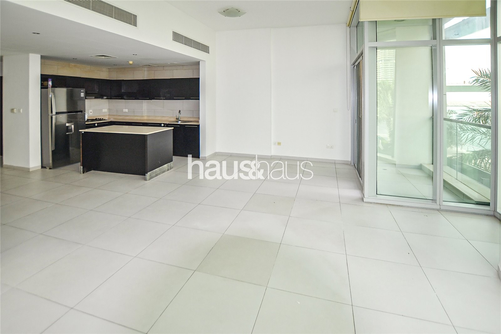 Marina view| Fully Upgraded Kitchen| Available Now