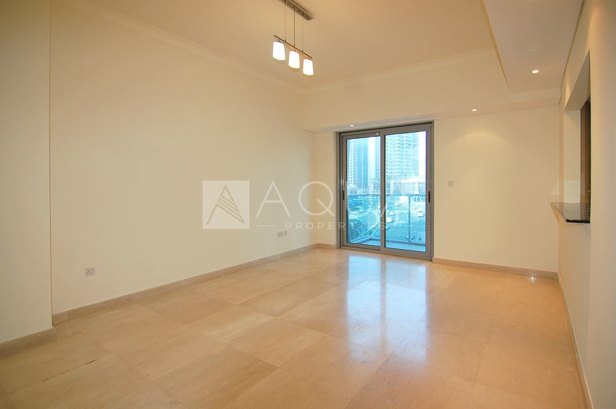 Beach Access | Middle Floor | Near Metro