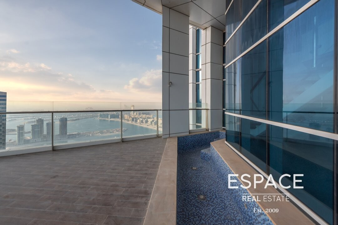 VOT Duplex Penthouse | Sea and Palm View