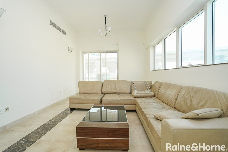 Spacious+Terrace | Open View | Easy Connectivity