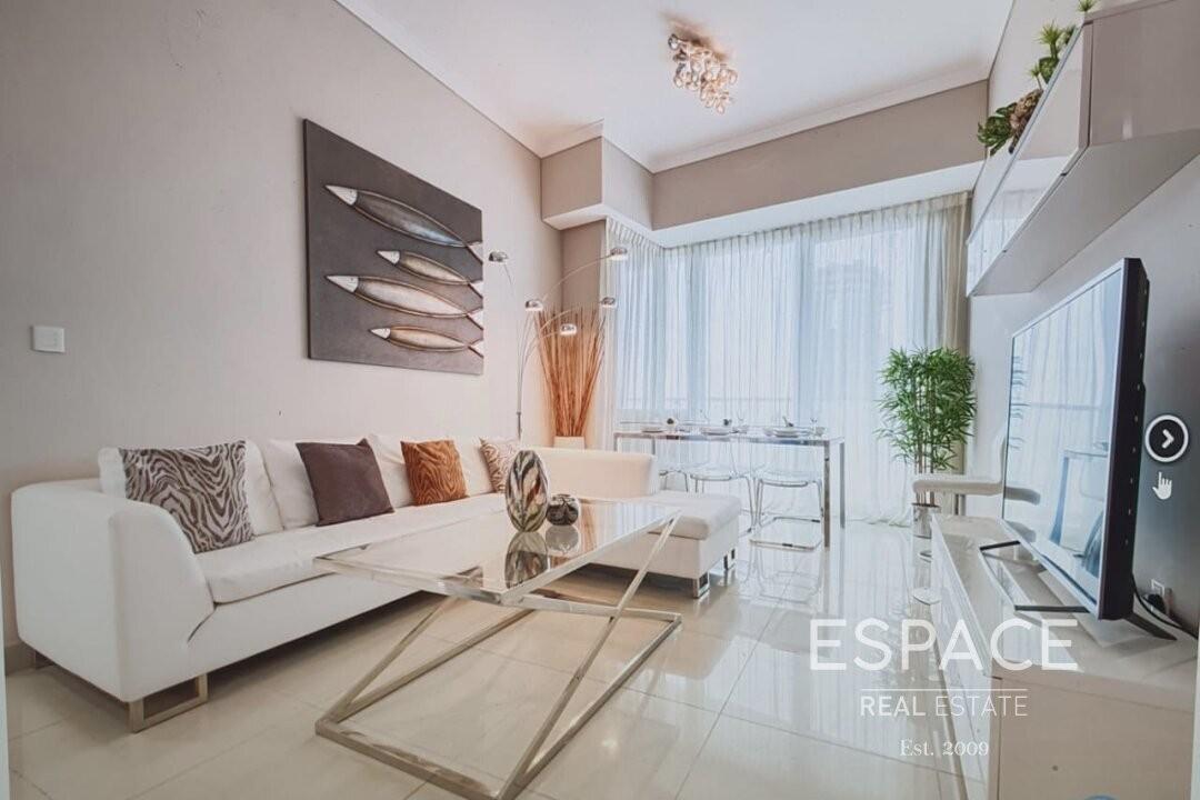 Stunning Apartment | Modern | Sea View