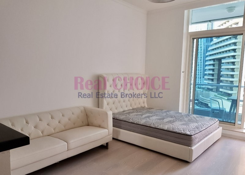 Exclusive Fully Upgraded Studio | Multiple cheques