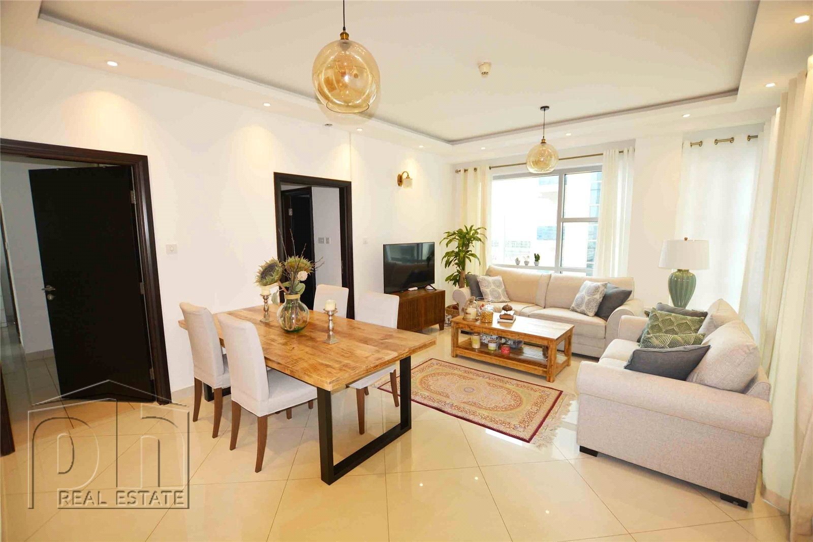 Fully Upgraded | 2 Bed | Prime Location | Motivated Seller