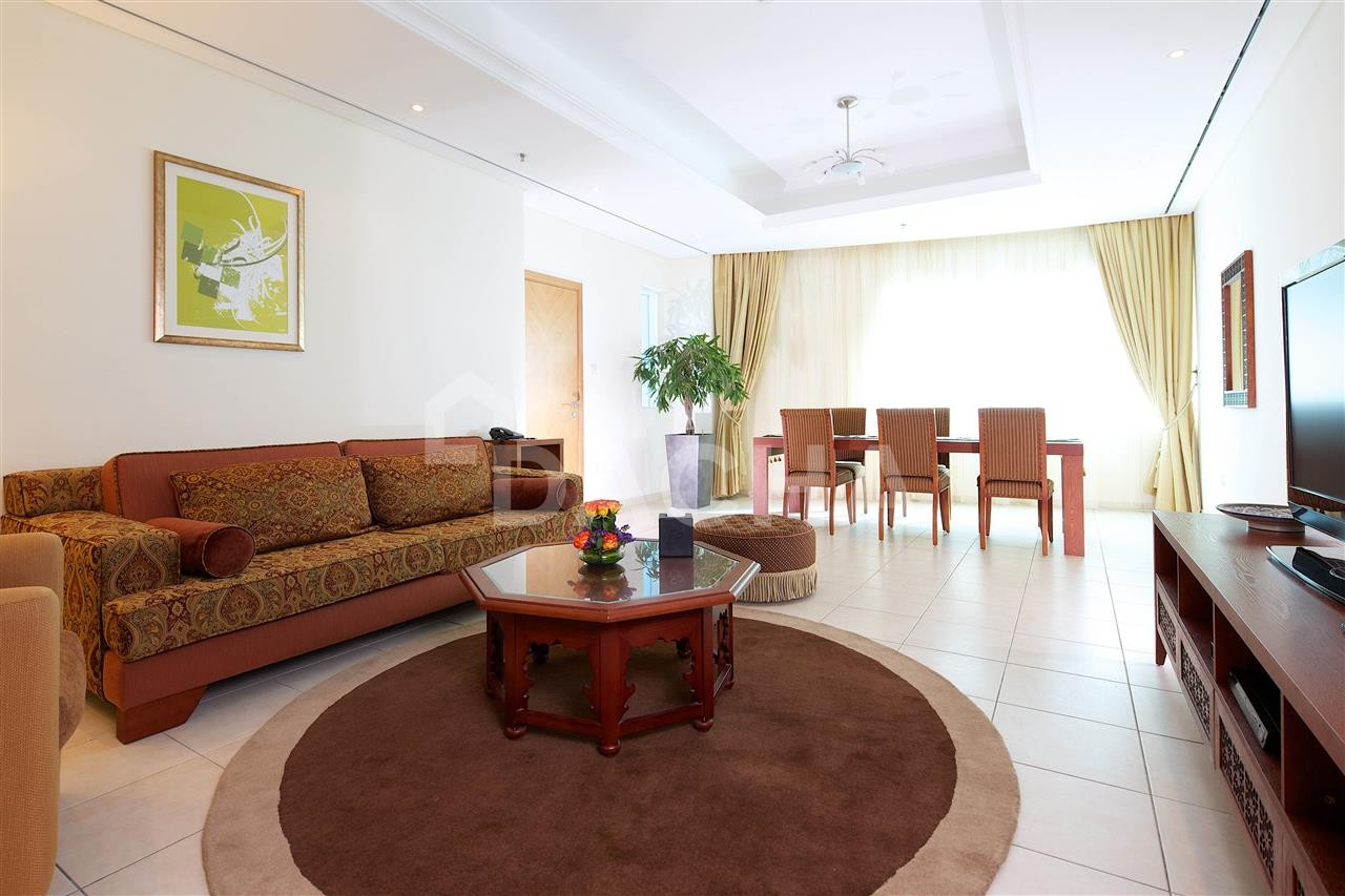 Deluxe Apartment Hotel / Serviced & Non Serviced Available