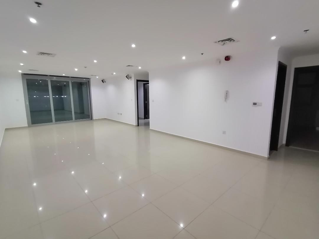 Golden offer in marina , 2 b/r with chiller free , 4 cheques , very large apt , 1700 sqft