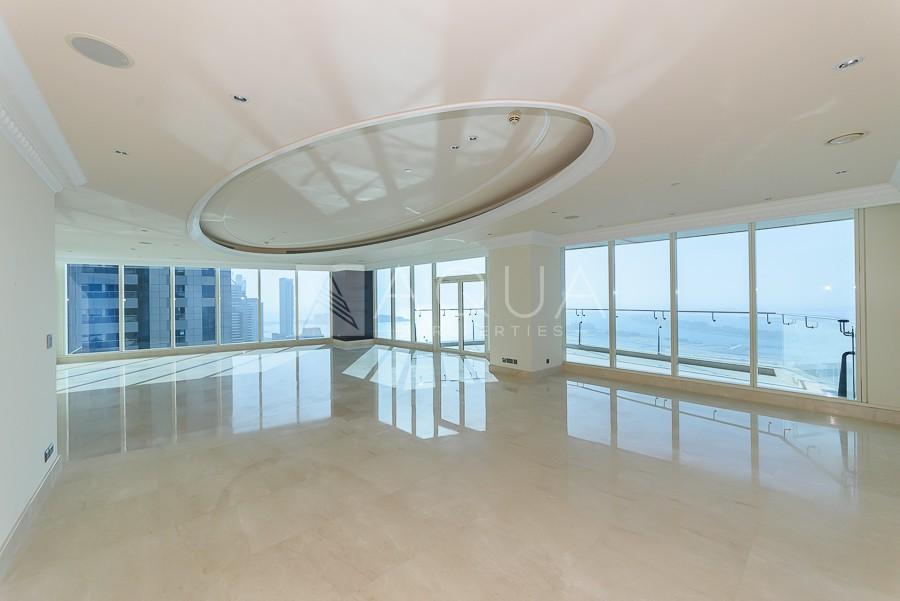 Luxury Building | VIP | Spectacular Sea View