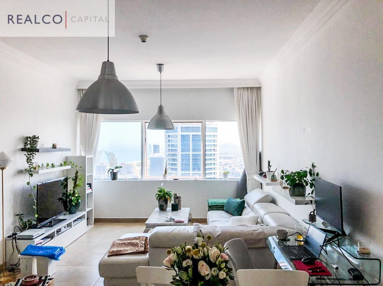| LUXURY FULLY FURNITURE 1 BED APT | UPGRADED | HIGH FLOOR |