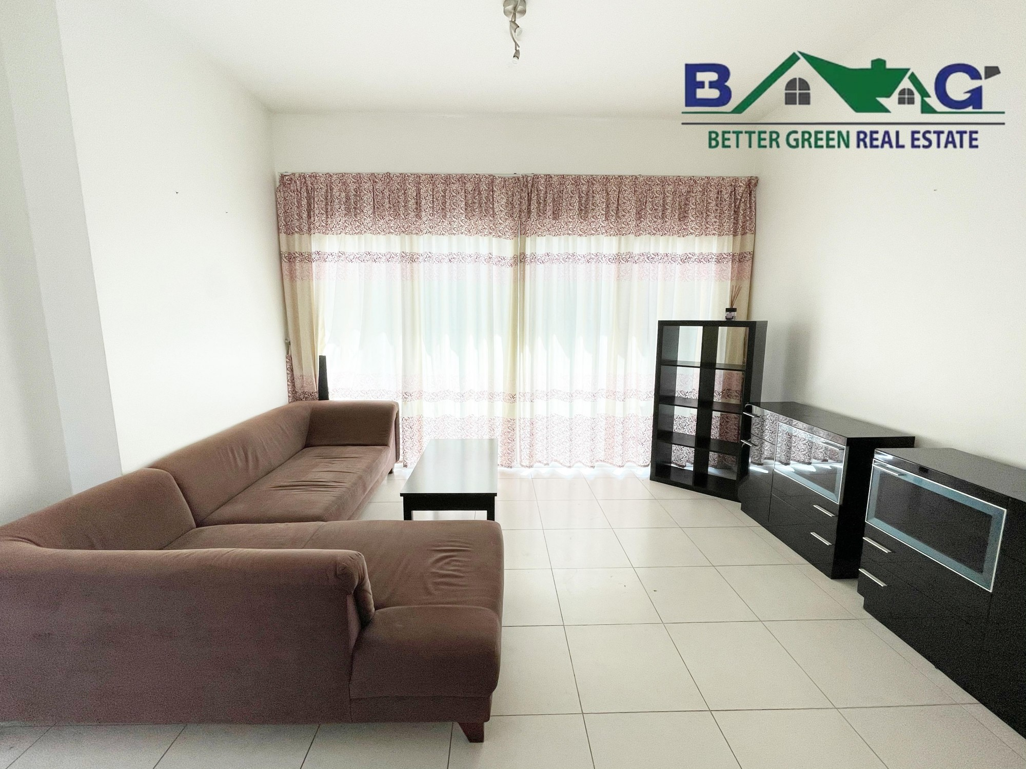 Luxury Furnished 1 BR with Balcony High Floor Marina View Vacant