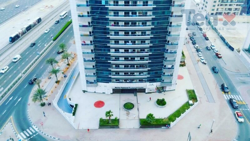 Specious 1BR Apt| Ready to Move| on High floor