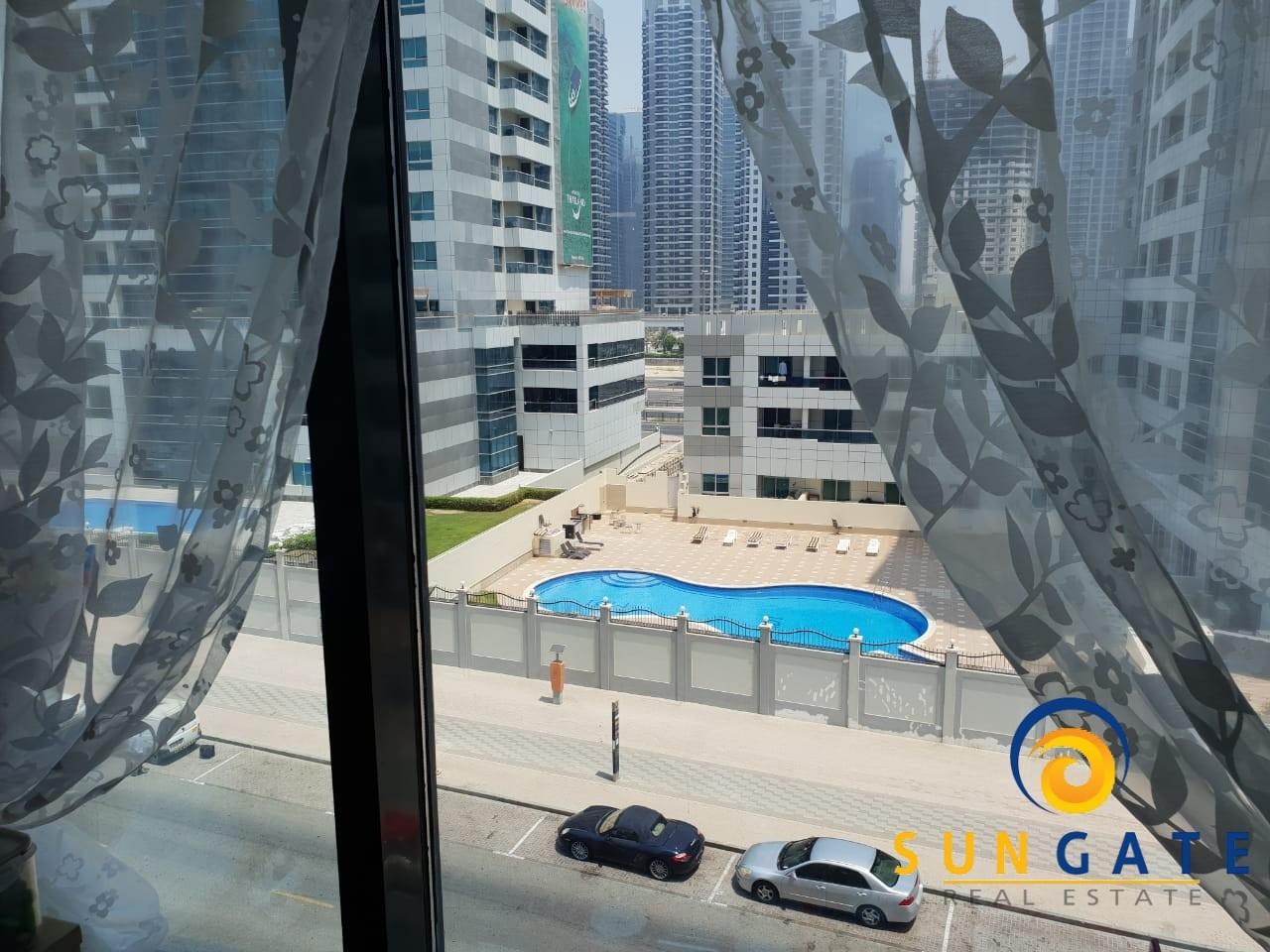 Nearby Metro Time Place Dubai Marina