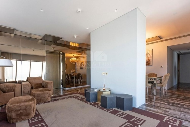 High-End Luxury Apartment in Palm and Sea View