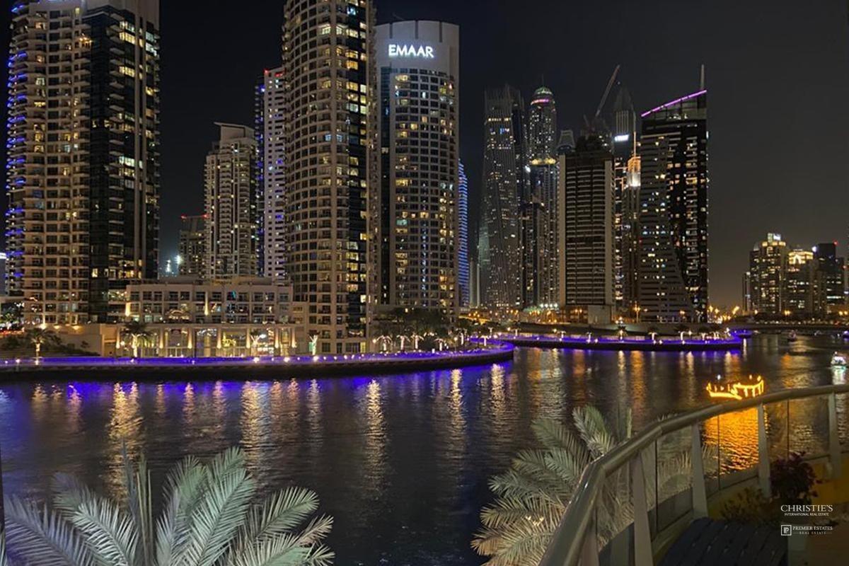 Stunning Panoramic Marina View. Renovated. EXCLUSIVE