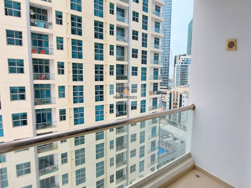 100% AVAILABLE | CHILLER FREE | CLOSED KITCHEN | BALCONY @40K