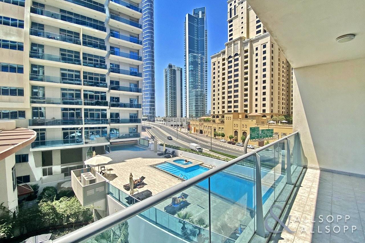 Exclusive | Pool View | 1 Bedroom | Vacant