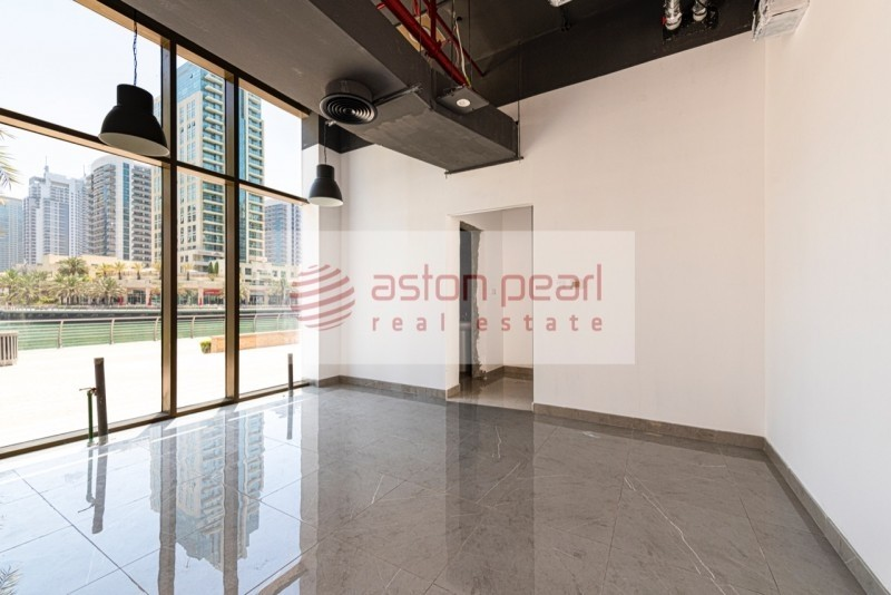Fitted Retail | Large Space | Ready to Move In