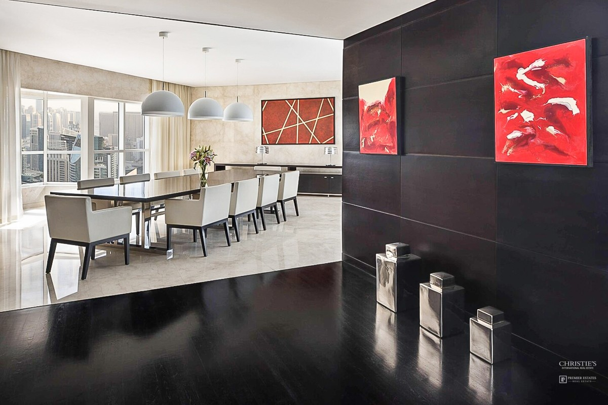 Luxurious and spacious Penthouse in Marina