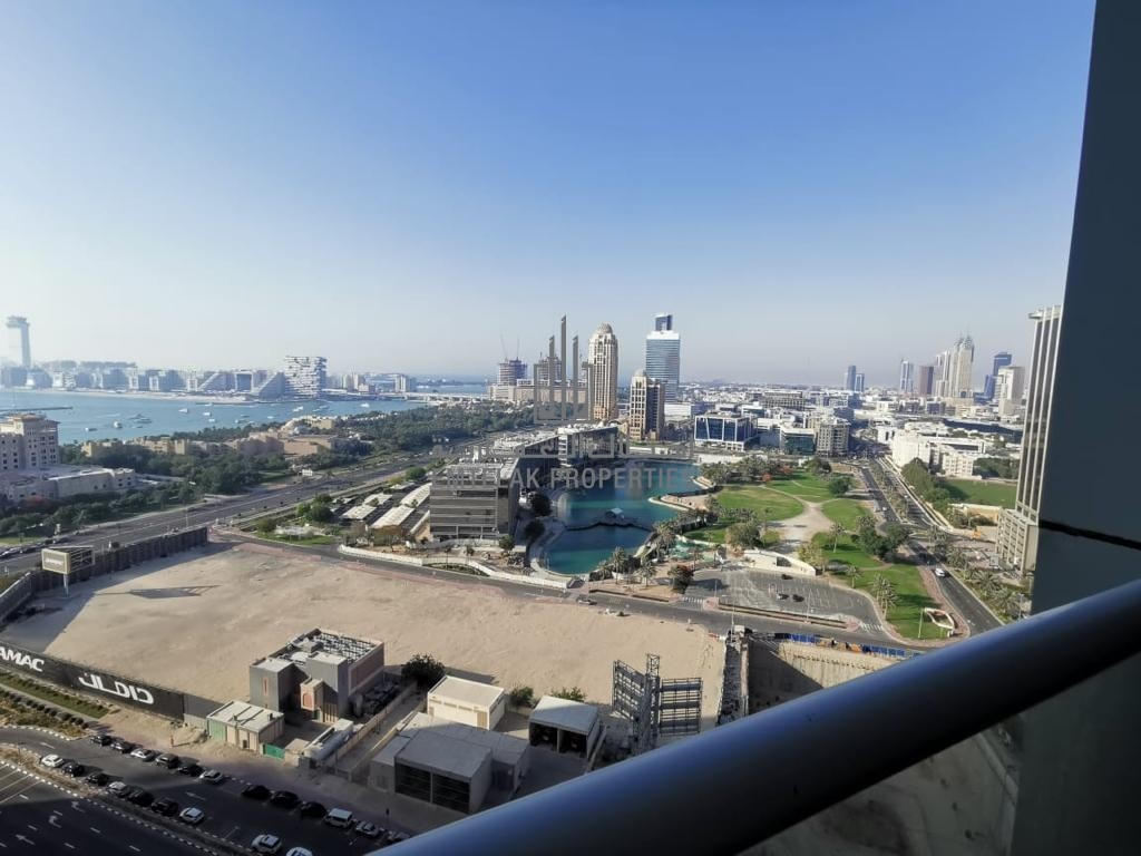 is delighted to offer you this one in a million chance to rent this large 3 Bedroom plus maids apartment in the 23 Marin