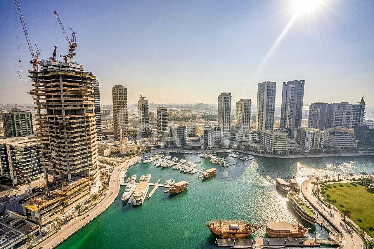 Beautiful Marina View/ Unfurnished/ Vacant
