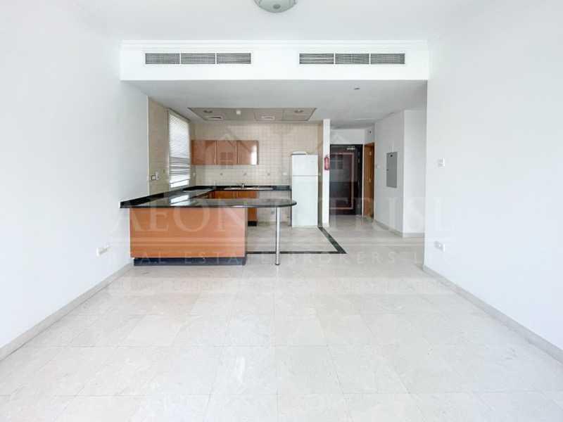 Chiller Free | Lower Floor | Spacious |Bright unit