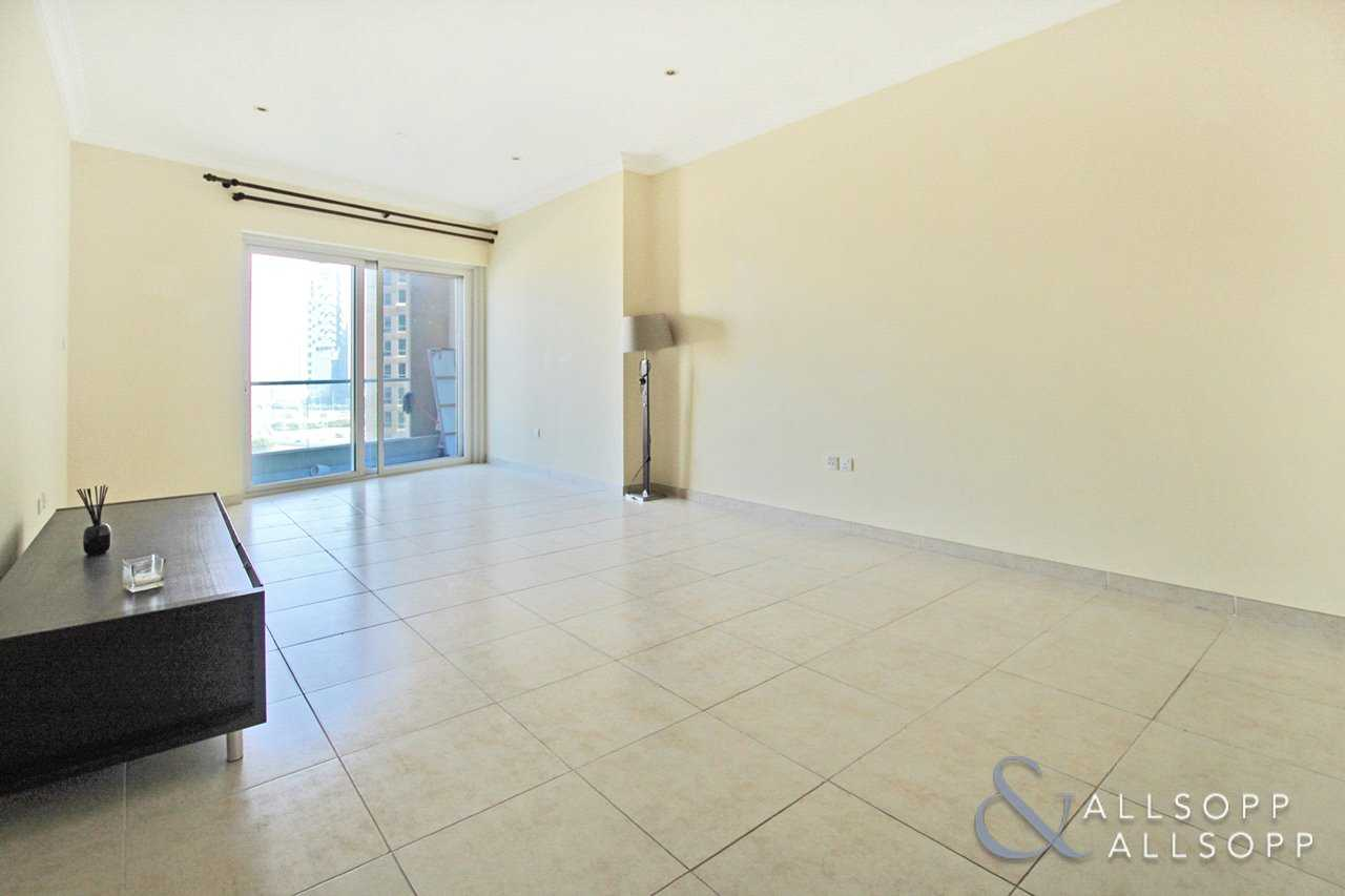 1 Bedroom | Immaculate | Golf Course View