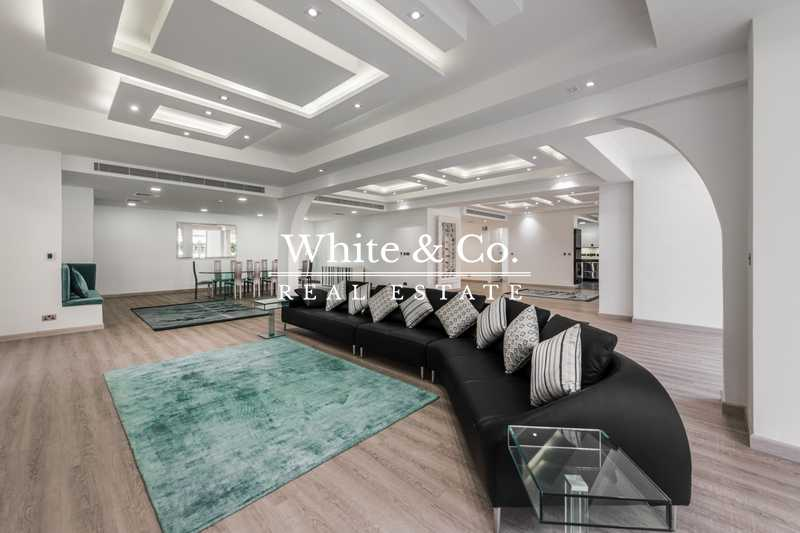Luxury Upgrading- Largest Marina Villa- x4 Floors