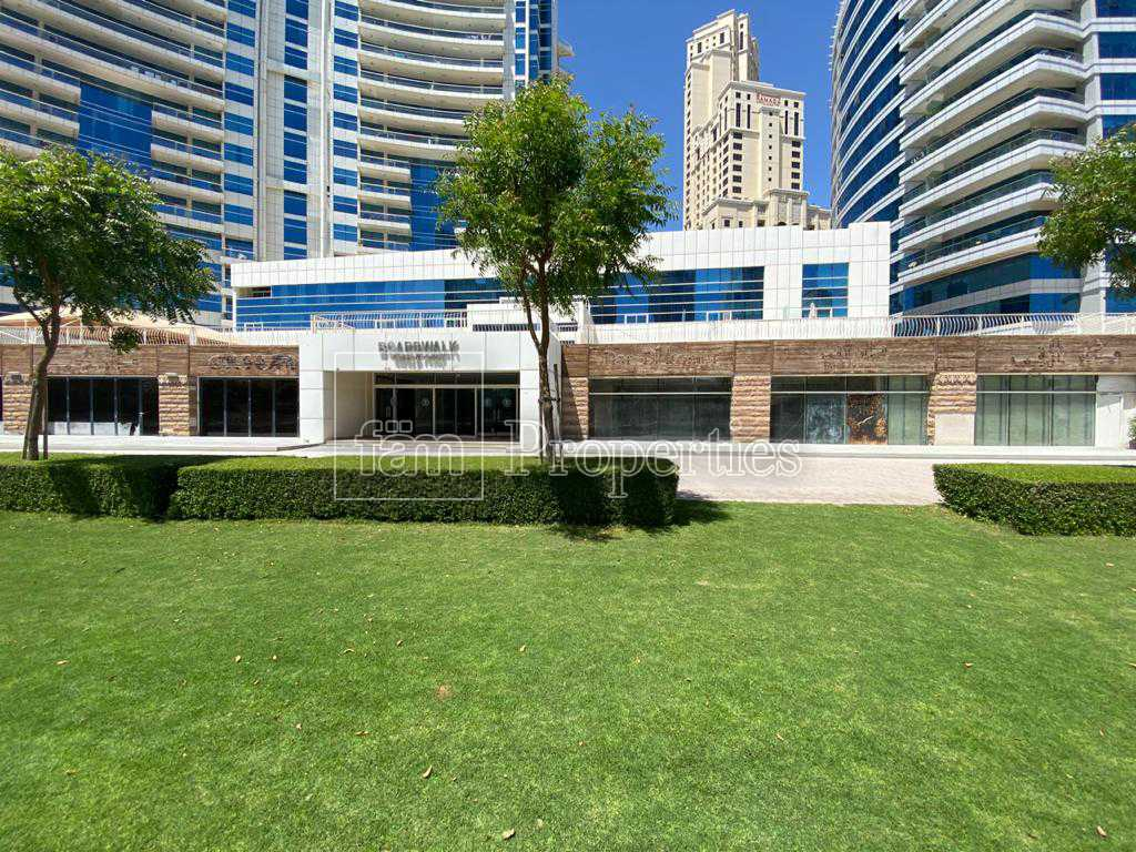 Exclusive | Waterfront | Marina and park|Vacant