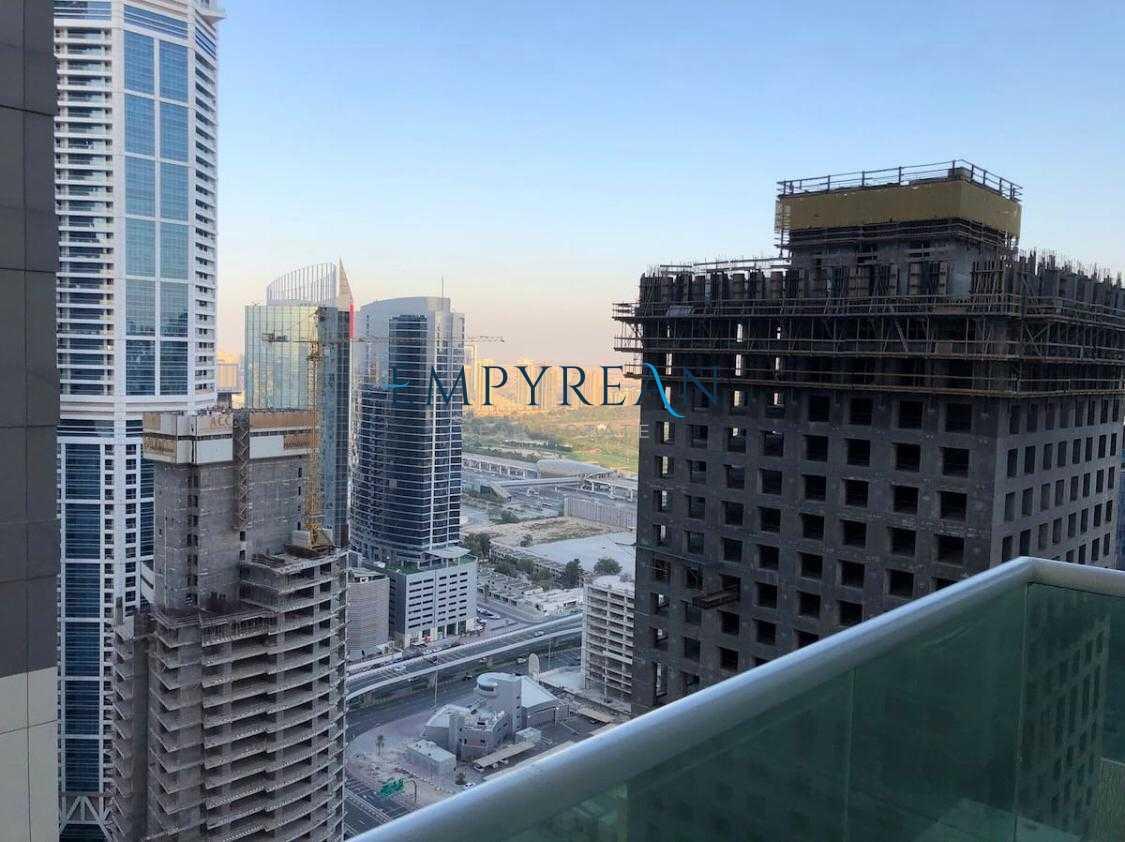 Chiller Free - High Floor - Balcony