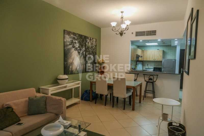 Chiller free  Furnished  Close to metro and Beach