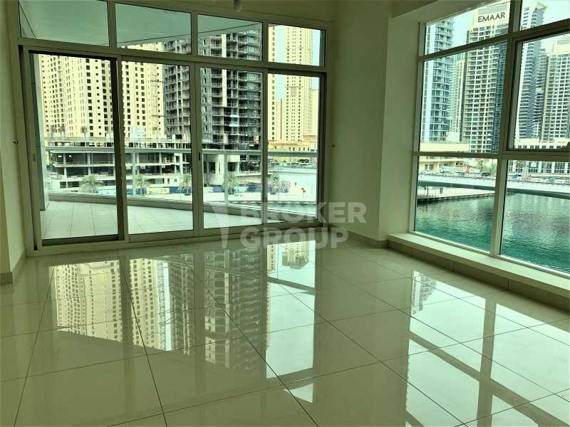 Amazing water view, large layout, mid floor