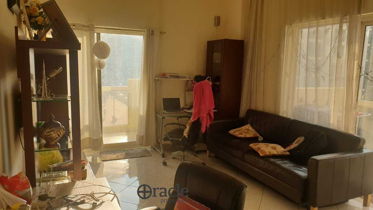 FULLY FURNISHED 1 BR WITH 3 BALCONIES
