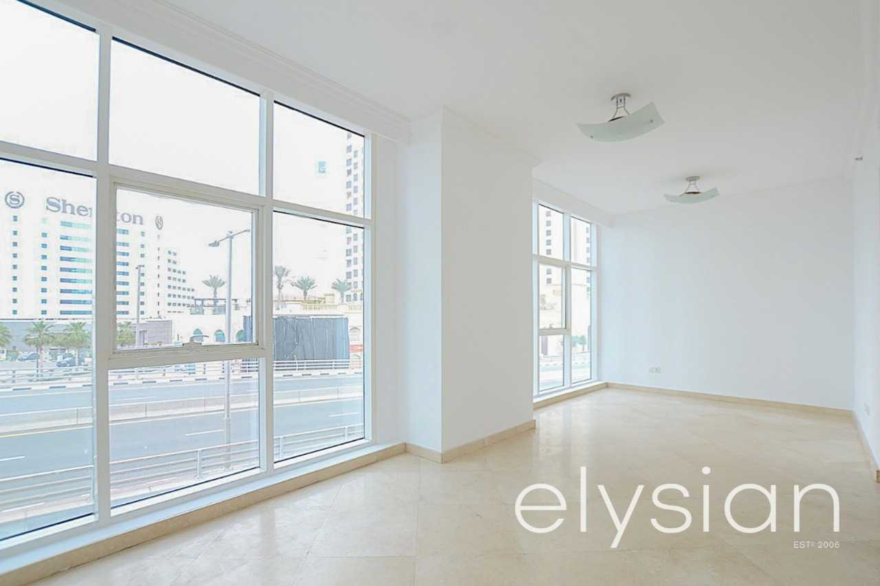Spacious and Bright 1 Bed | Close to the Beach