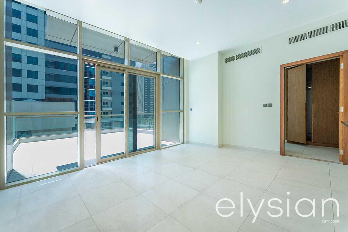 Stunning Views | Spacious 1 Bed | Mid Floor