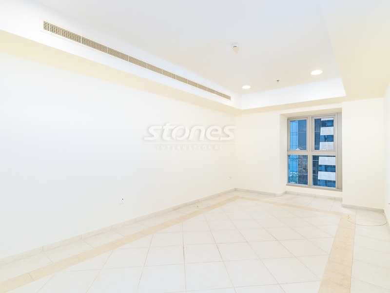 Expansive | Well-maintained | Partial Sea View