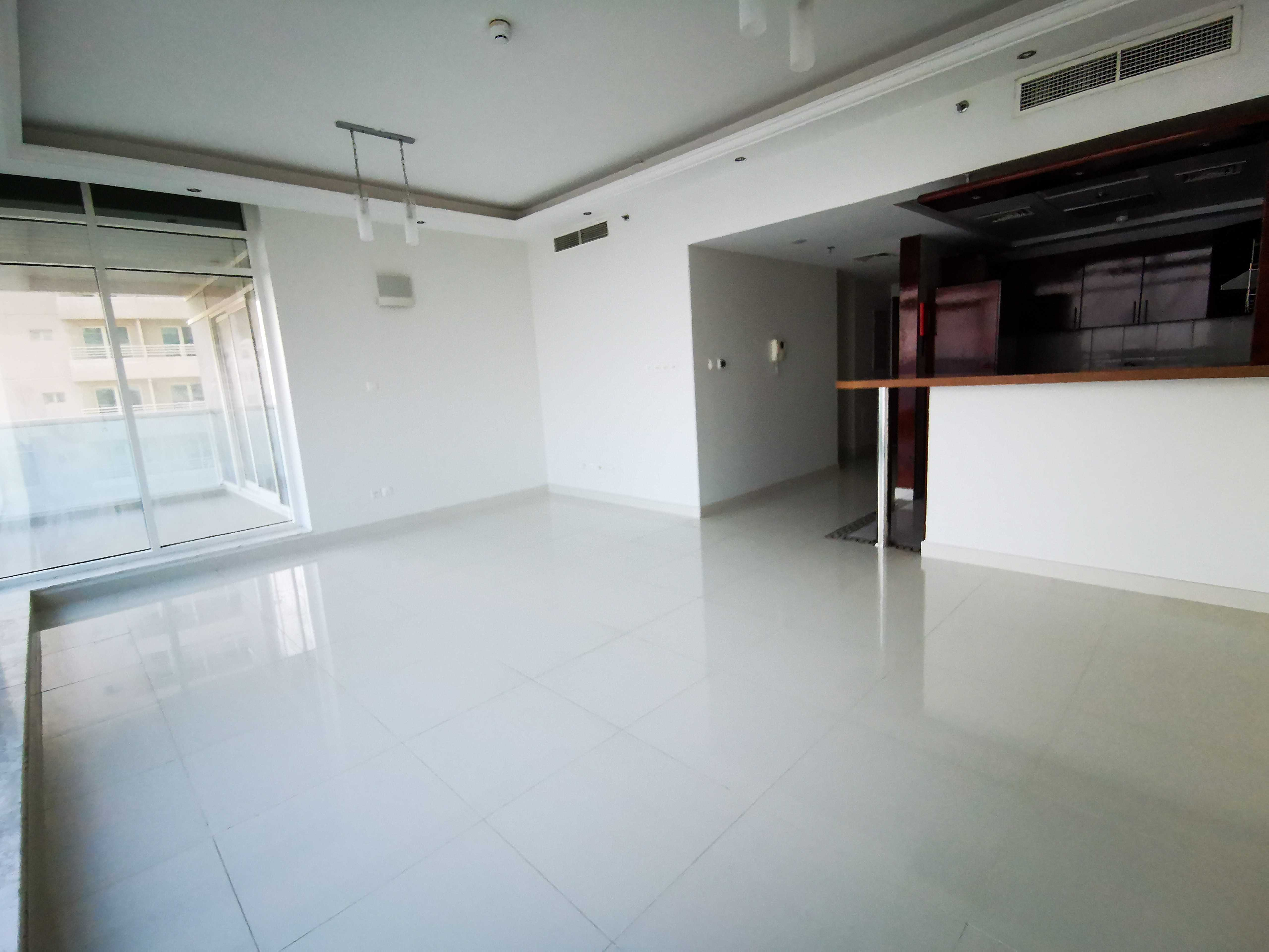 Luxury Large 2 Bedroom Plus Maid Room for Rent in Opal Marina