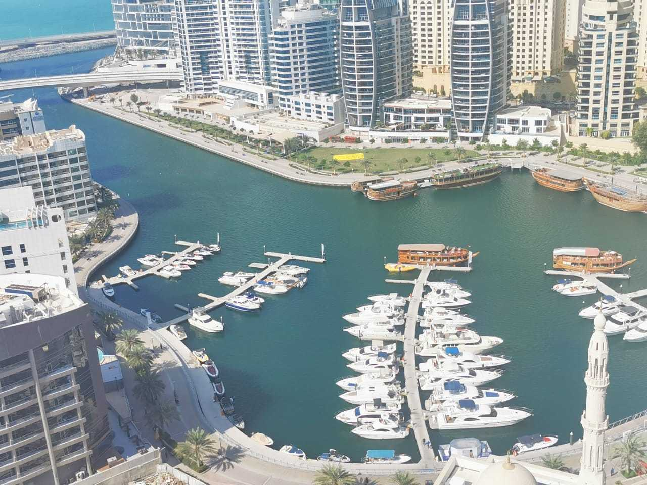 Full Marina View Extra Large 1BR+ Laundry room for Rent